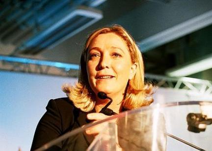 Marine Le Pen vise l'électorat des classes moyennes